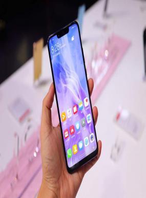 مواصفات هواوي نوفا Huawei nova 3 المميزات العيوب السعر